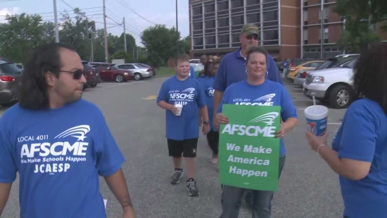 JCPS employees rally for changes, higher wages