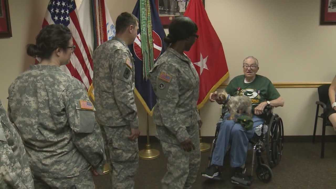 97-year-old WWII veteran receives honors at Fort Knox
