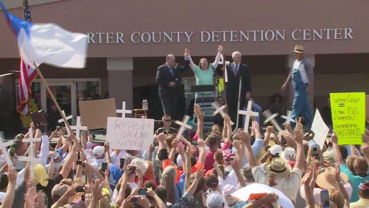 Rowan County clerk Kim Davis has yet to return to work, less than 24-hours after being released from jail.