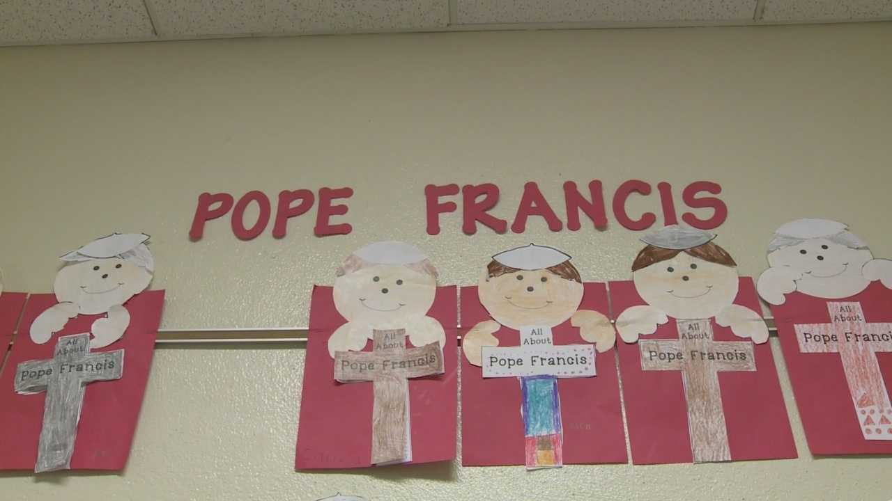 Louisville students celebrate Pope Francis' U.S. visit