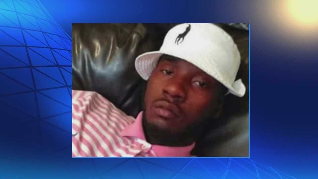 Deshawndre Davis, 22, was shot to death feet from his apartment along Dixie Highway in Shively.