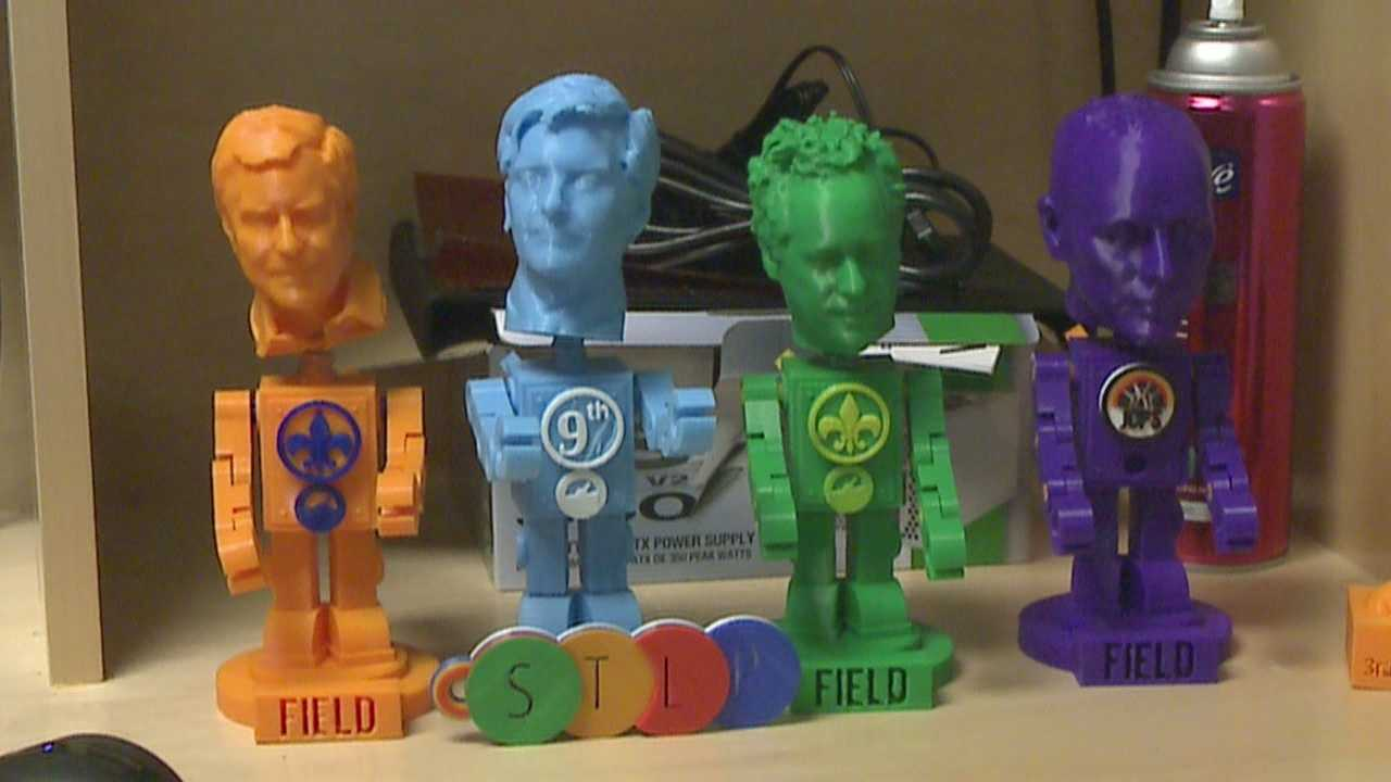 JCPS Students use new technology to create bobble heads