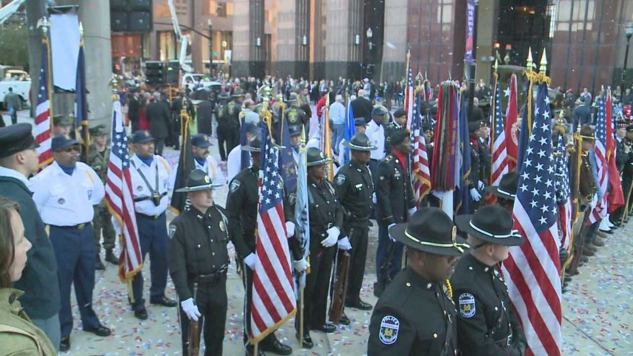 Hundreds lined the streets of downtown Louisville to remember the men and women who paid the ultimate sacrifice serving our country.