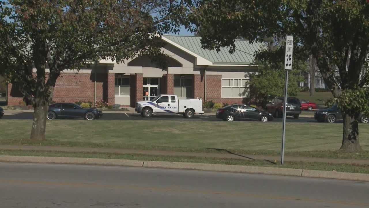 Employees locked in vault during bank robbery