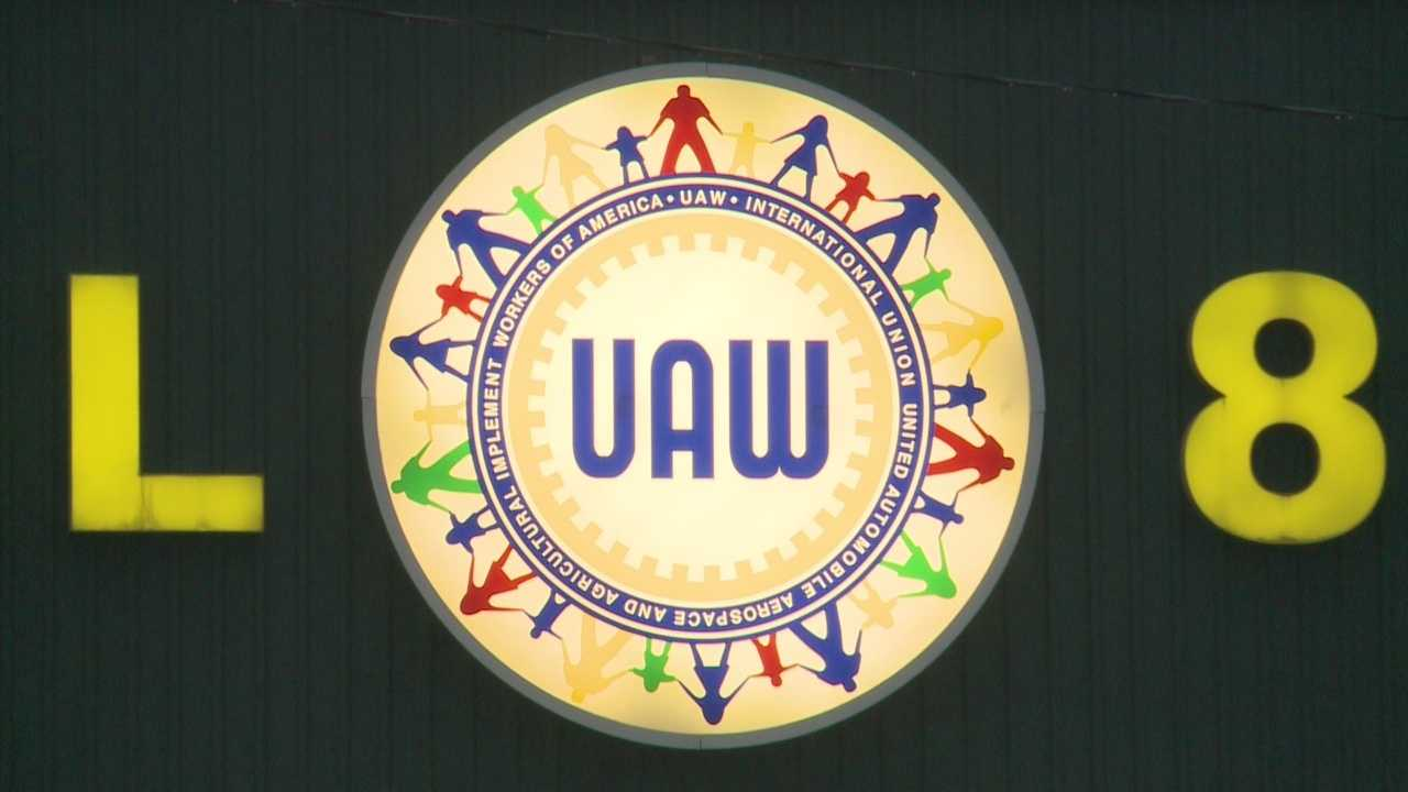 Nearly 9,000 UAW members reject new contract with Ford
