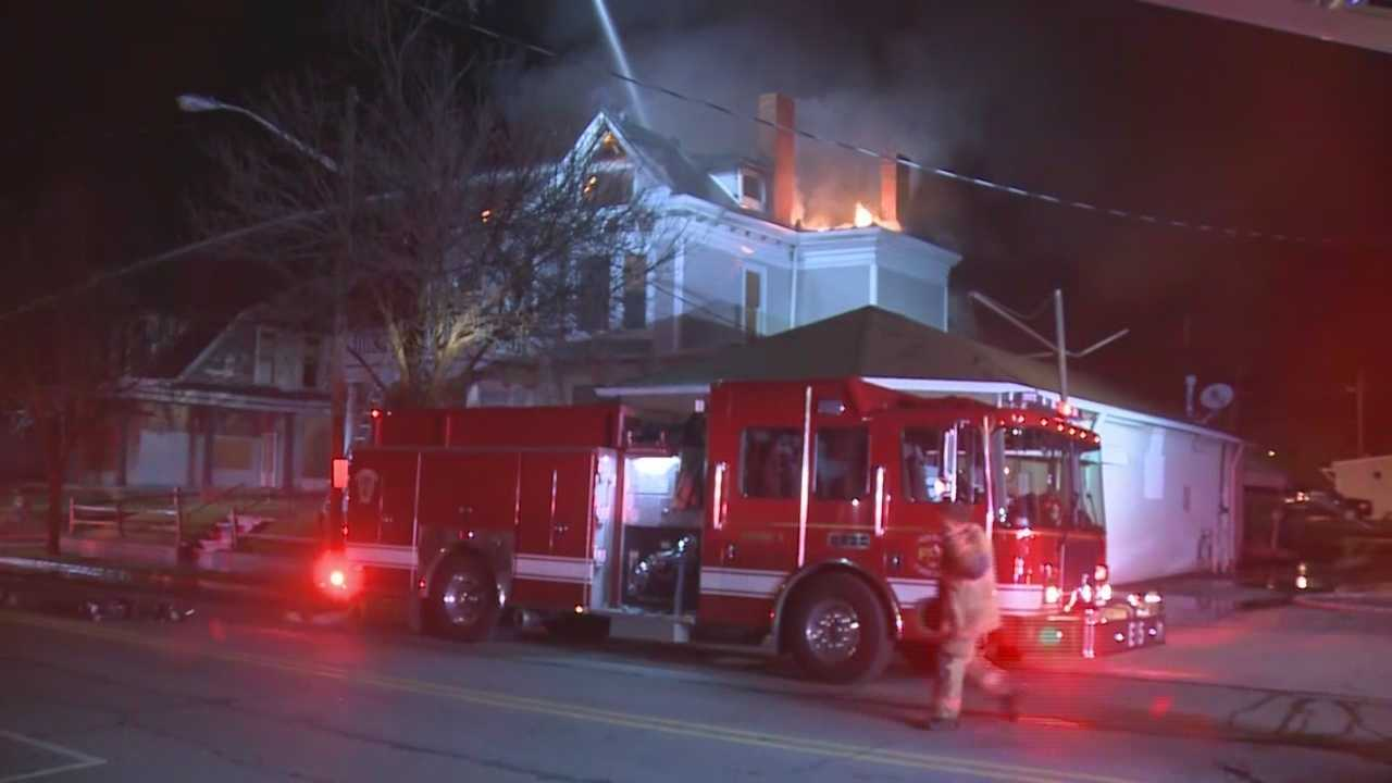 An historic house in New Albany caught fire Tuesday.