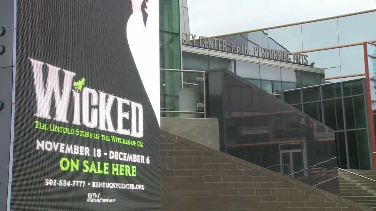 WLKY's Colin Mayfield goes behind the scenes of Wicked at the Kentucky Center for the Arts.