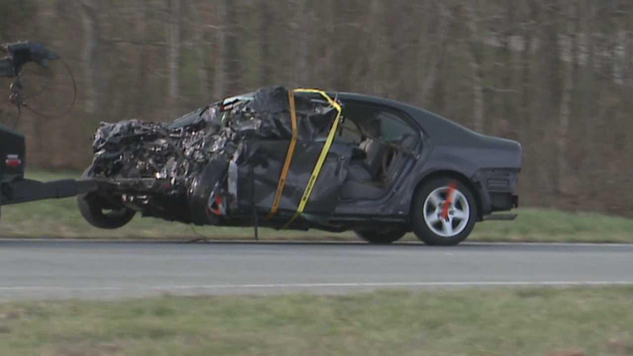Bardstown community mourns following triple-fatal crash