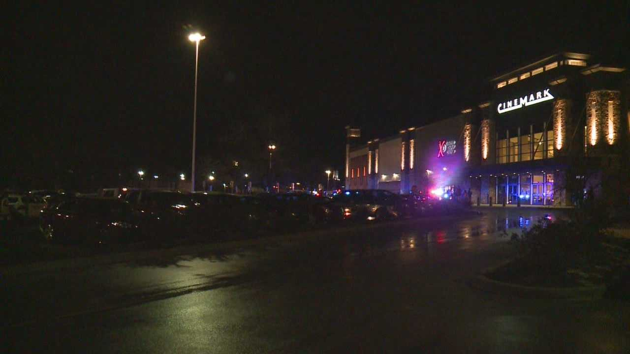 Hear from police, employees about Saturday night mall disturbance