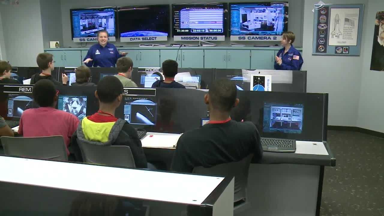JCPS, Kentucky Science Center relaunch Challenger Learning Center
