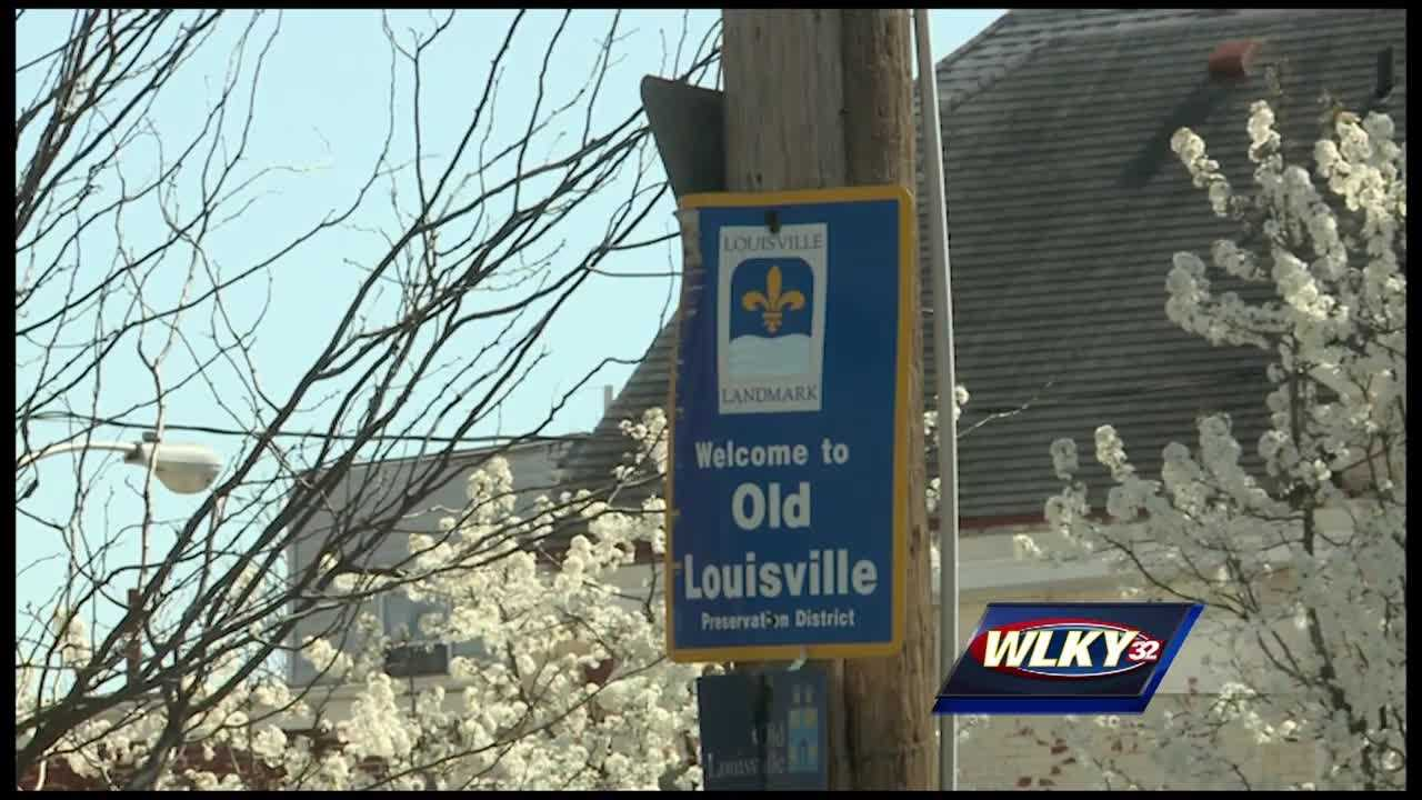 Off-duty officers to patrol Old Louisville as part of crime reduction initiative