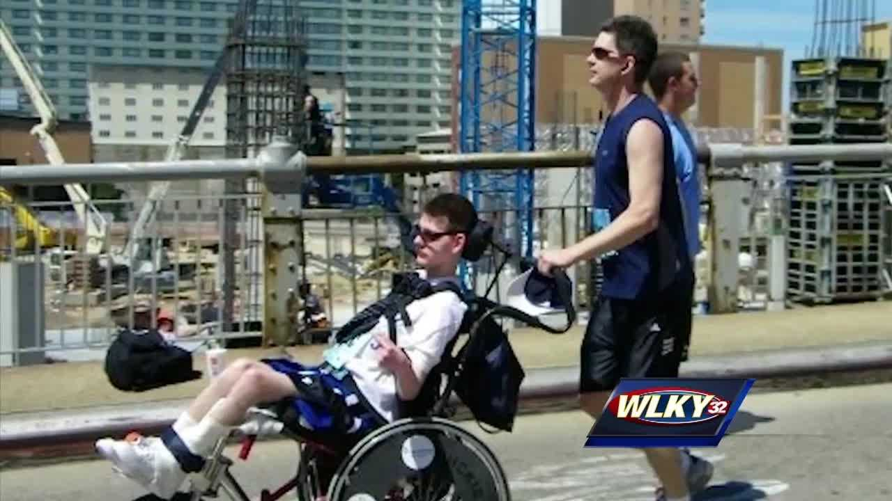 For Alex Hans, who had a rare form of cerebral palsy, running wouldn't seem like an option, but that's what he wanted to do for his sport.