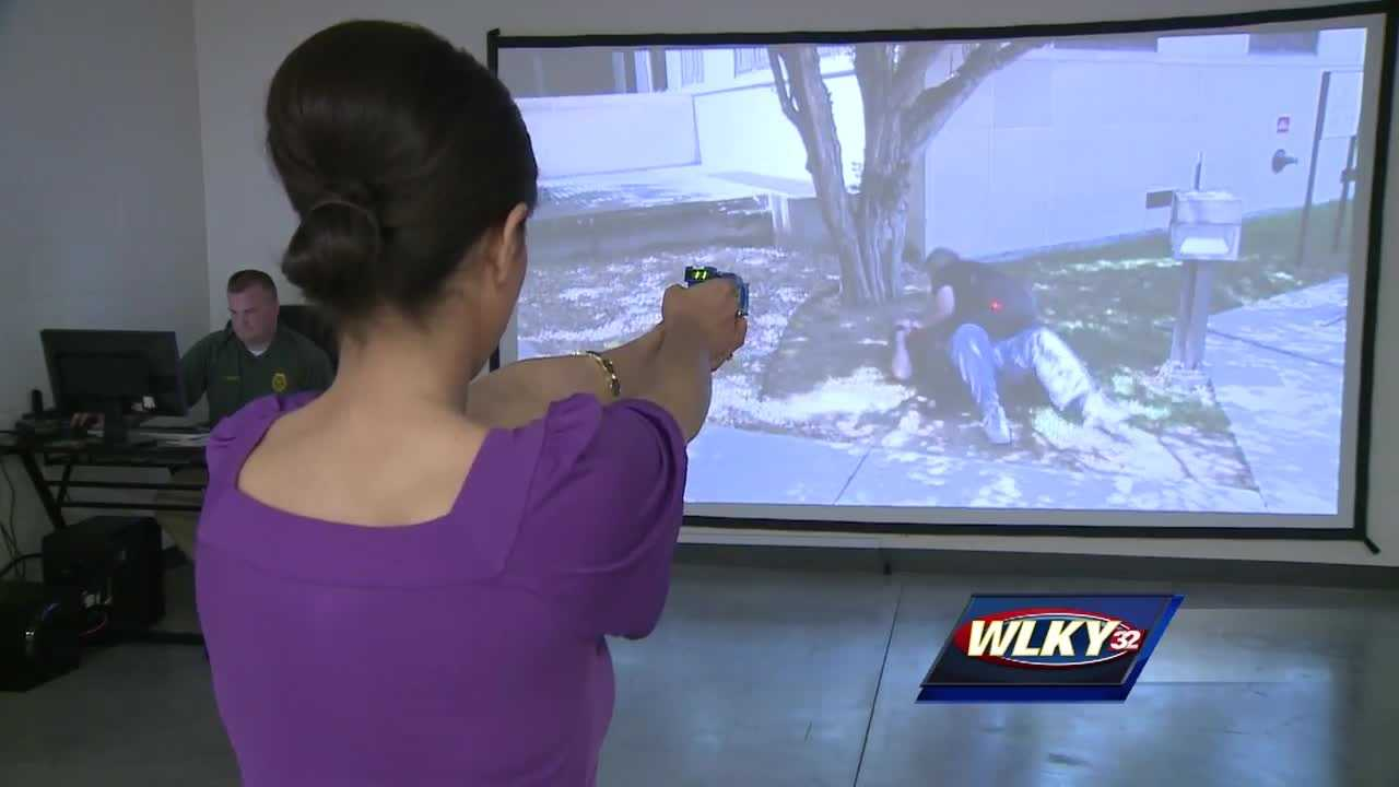 Clarksville police use shooting simulation to train public on gun use