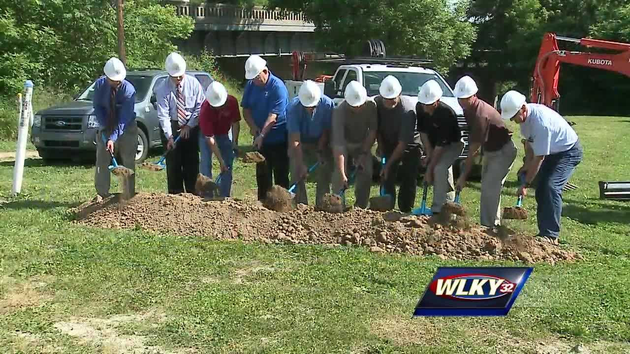 Crews broke ground Wednesday in Hardin County for a pipeline that will connect one of its water districts to Louisville's water infrastructure.