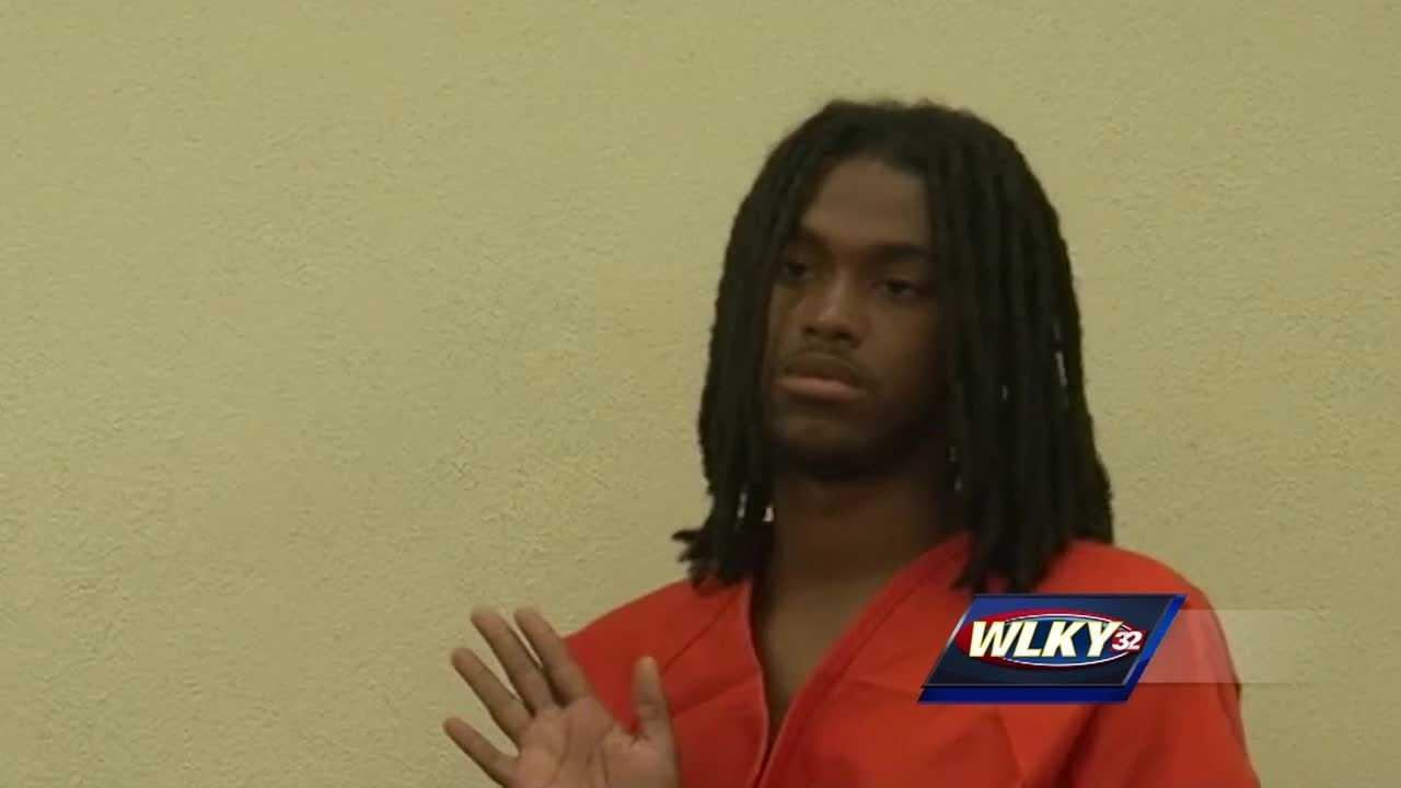 A man arrested in Florida, accused of shooting a Louisville police officer, made his first court appearance.