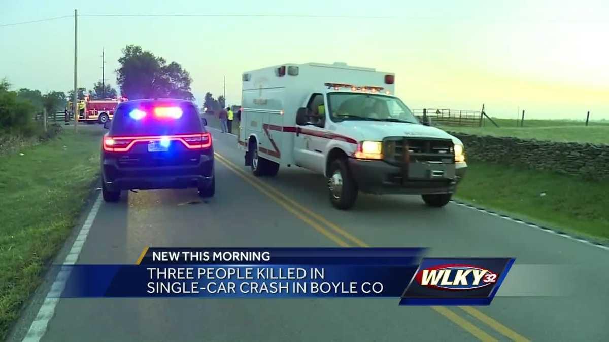 3 people die in Wisconsin crash; officials probe stop sign ...