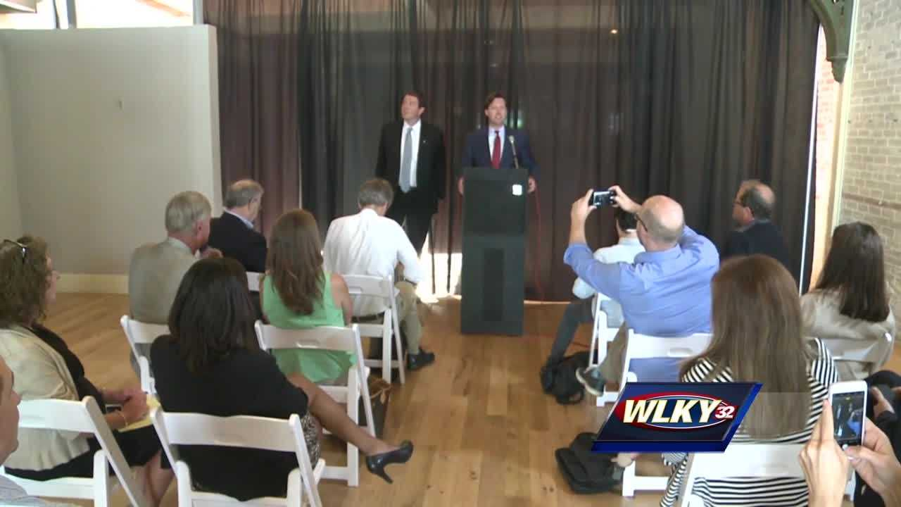 Kentucky's former state auditor and a popular sports talk show host are teaming up to launch a new political organization.