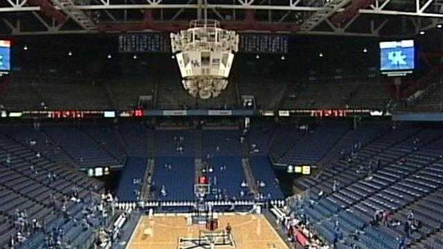 The University of Kentucky is moving forward with plans to renovate Rupp Arena.