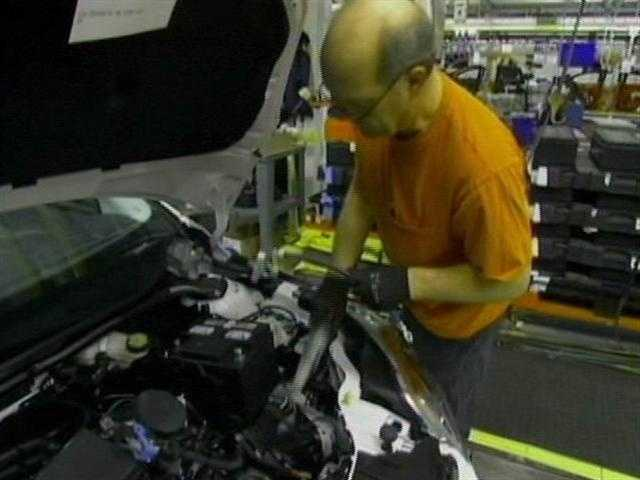 Ford pledges to invest $16 billion in the U.S. -- including $6.2 billion for U.S. plants -- to design, engineer and produce more new and upgraded vehicles and components by 2015.