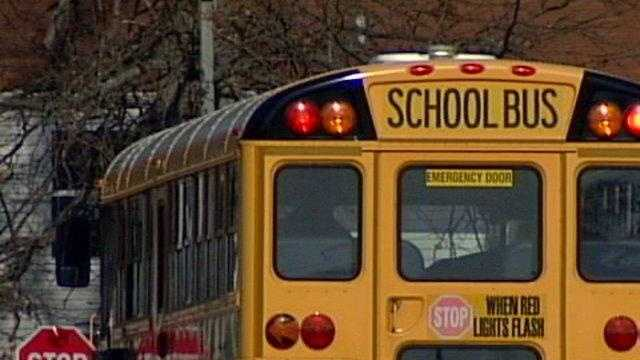 LOUISVILLE NEWS: Bus