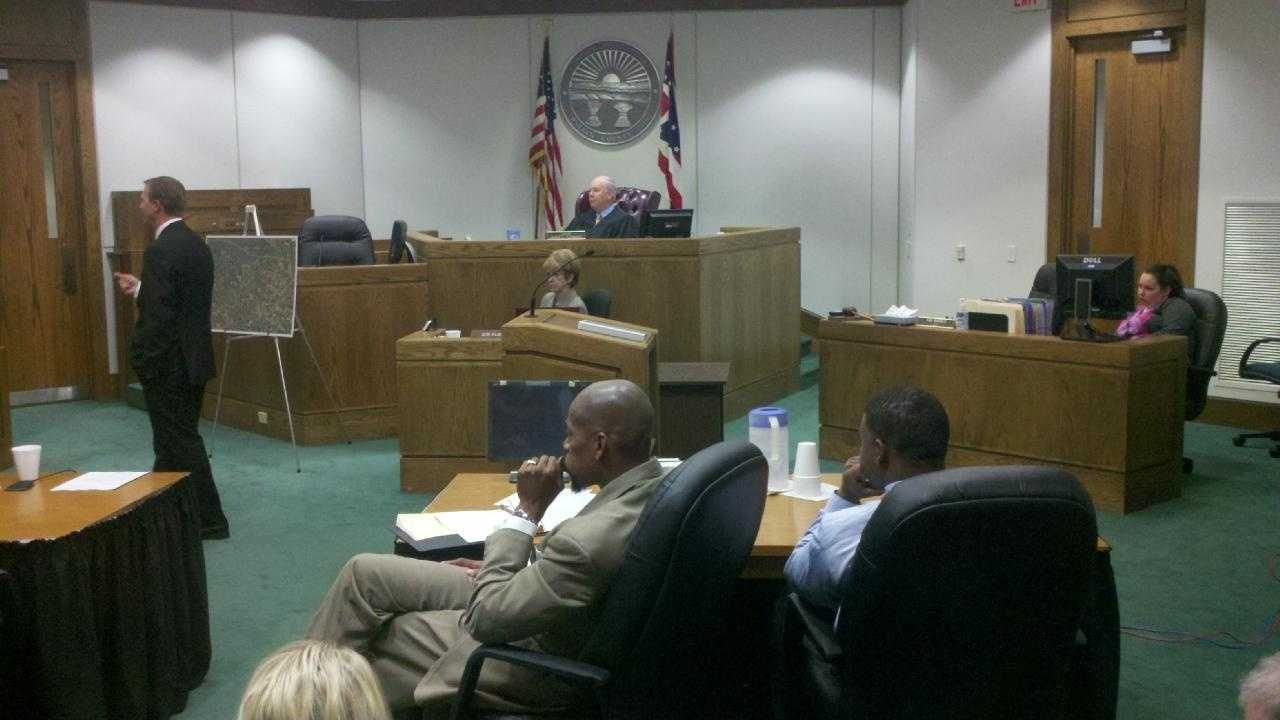 Warren Co. courtroom during Marcus Isreal trial