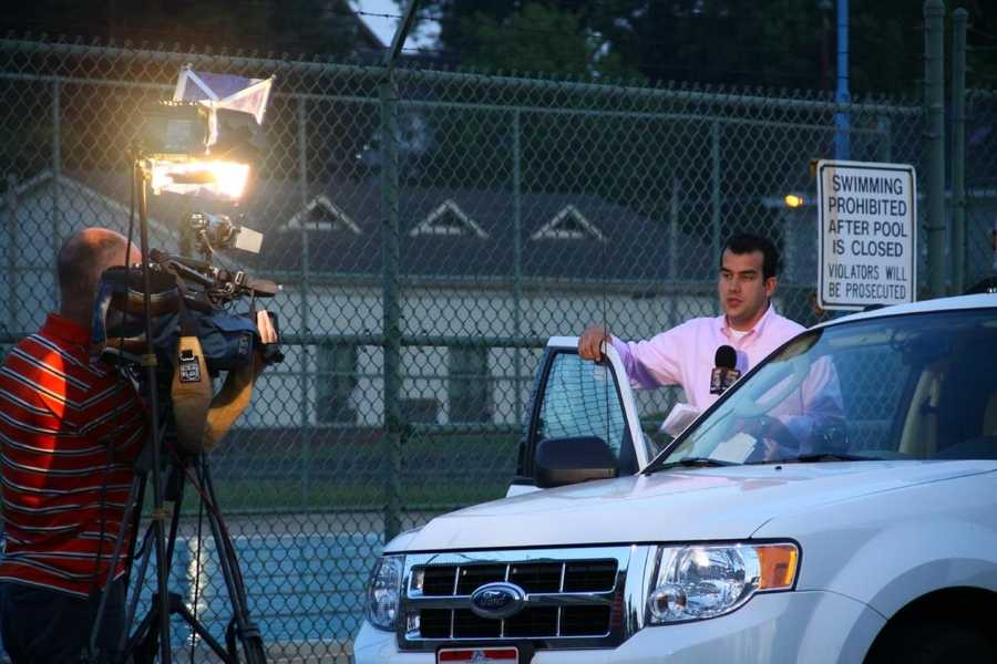 Andrew Setters doing an AM live shot