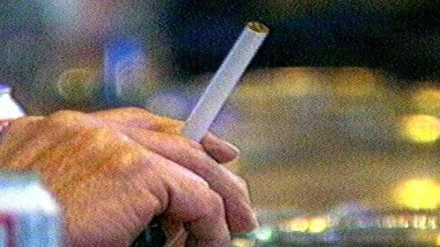6P SMOKING BAN - 24517417