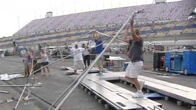 The rough weather sent hundreds of people scrambling at the Kentucky Speedway on Friday.
