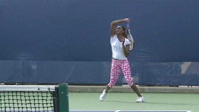 Top players headline tennis matches