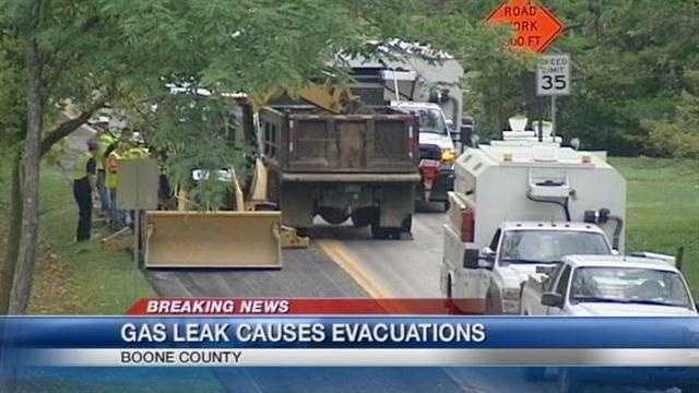 Gas leak closes Mineola Pike near CVG