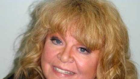 Sally Struthers arrest