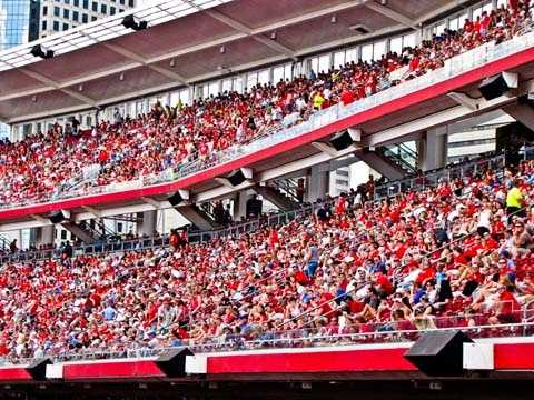 The highest recorded attendance at a Reds game was 2,629,708 in 1976. The second highest was in the year 2000.