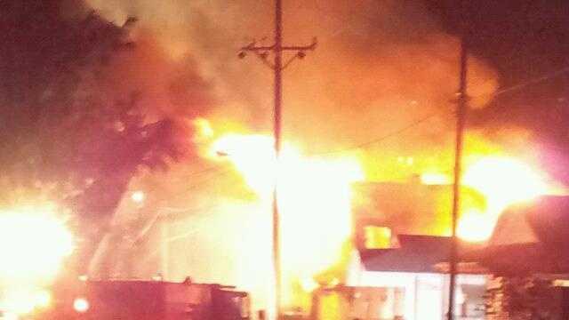 hamilton fire- courtesy dianne smith.jpg
