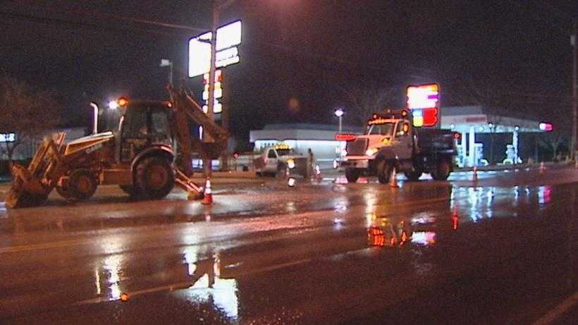 Water Main Break Dixie Hwy.jpg