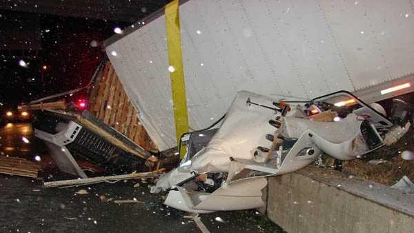 I-65 FATAL CRASH 2.jpg
