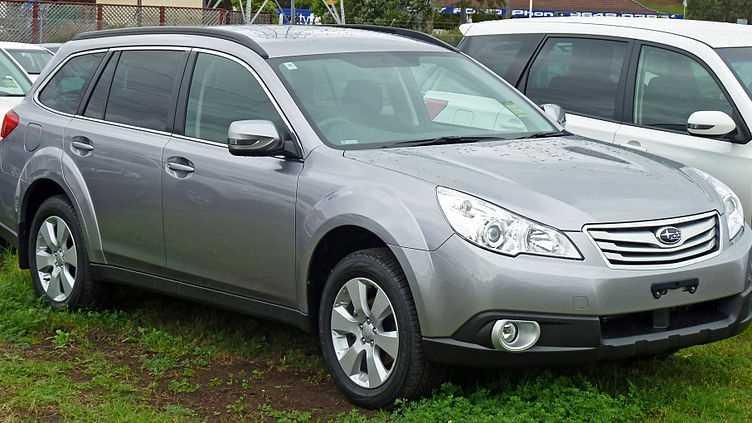 2010 Subaru Outback.jpg