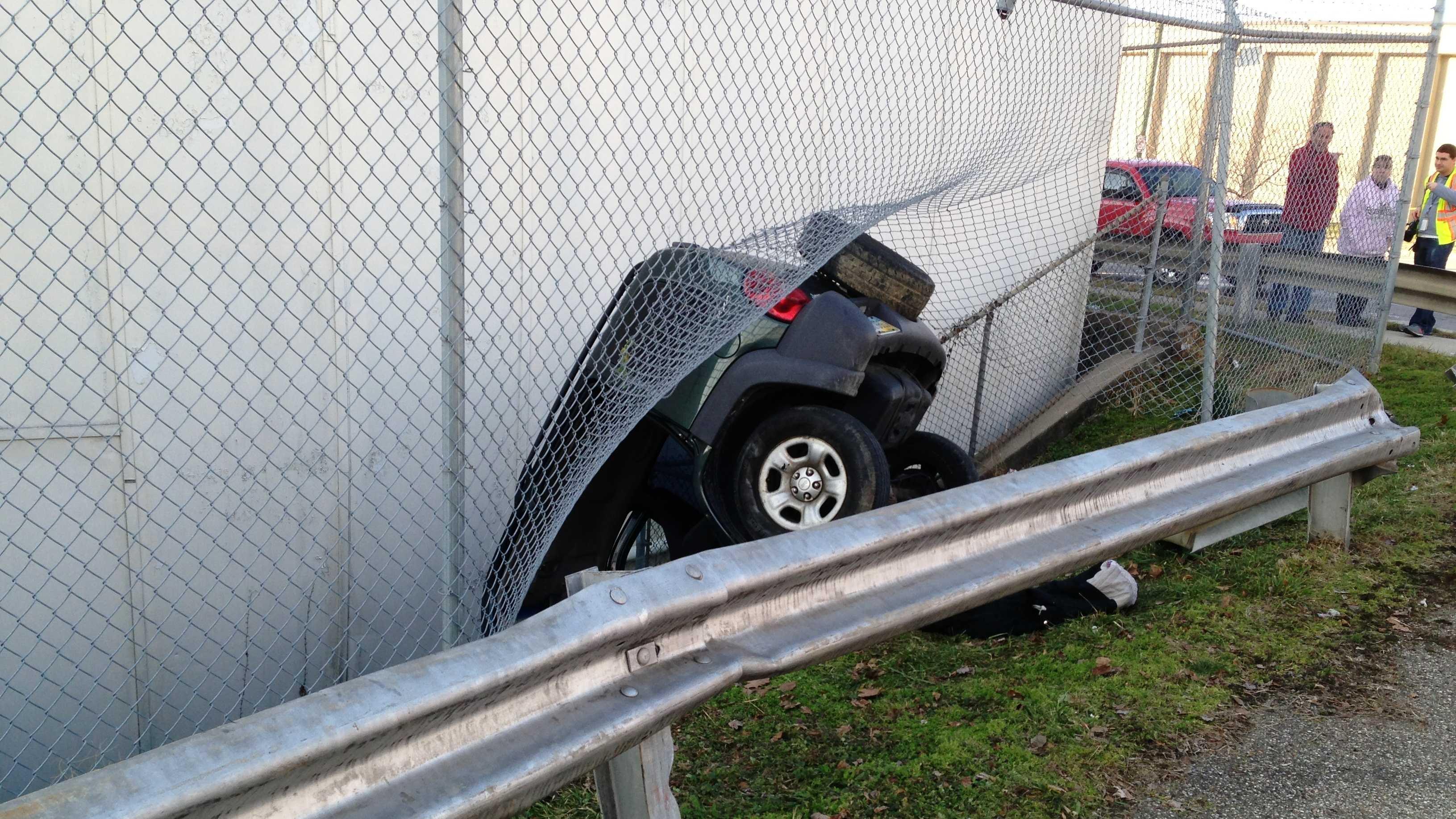 Linn St crash