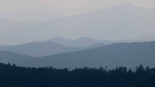 1. Smokey Mountains National Park, North Carolina, TennesseeVisitors in 2012: 9,685,829