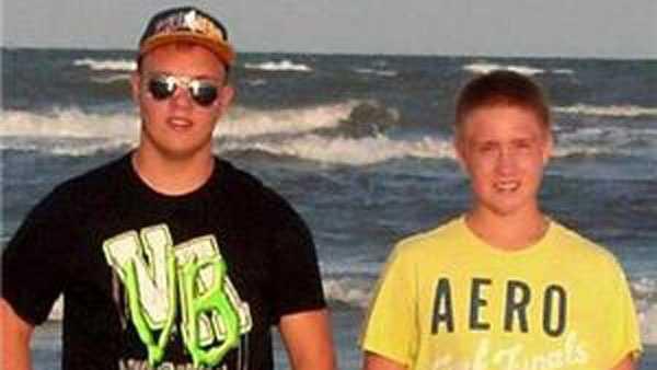 Blake Romes and Blaine Romes.jpg