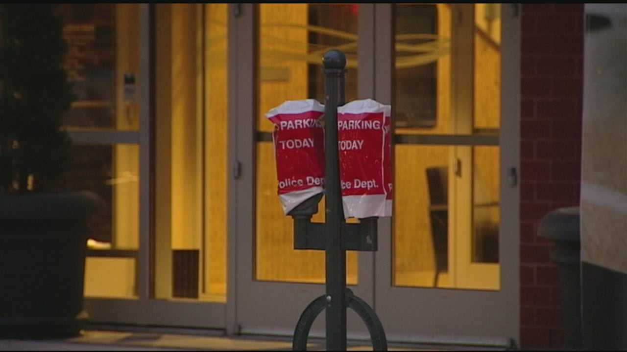WLWT investigates if the city is missing a revenue opportunity by not charging businesses who bag parking meters to create valet zones