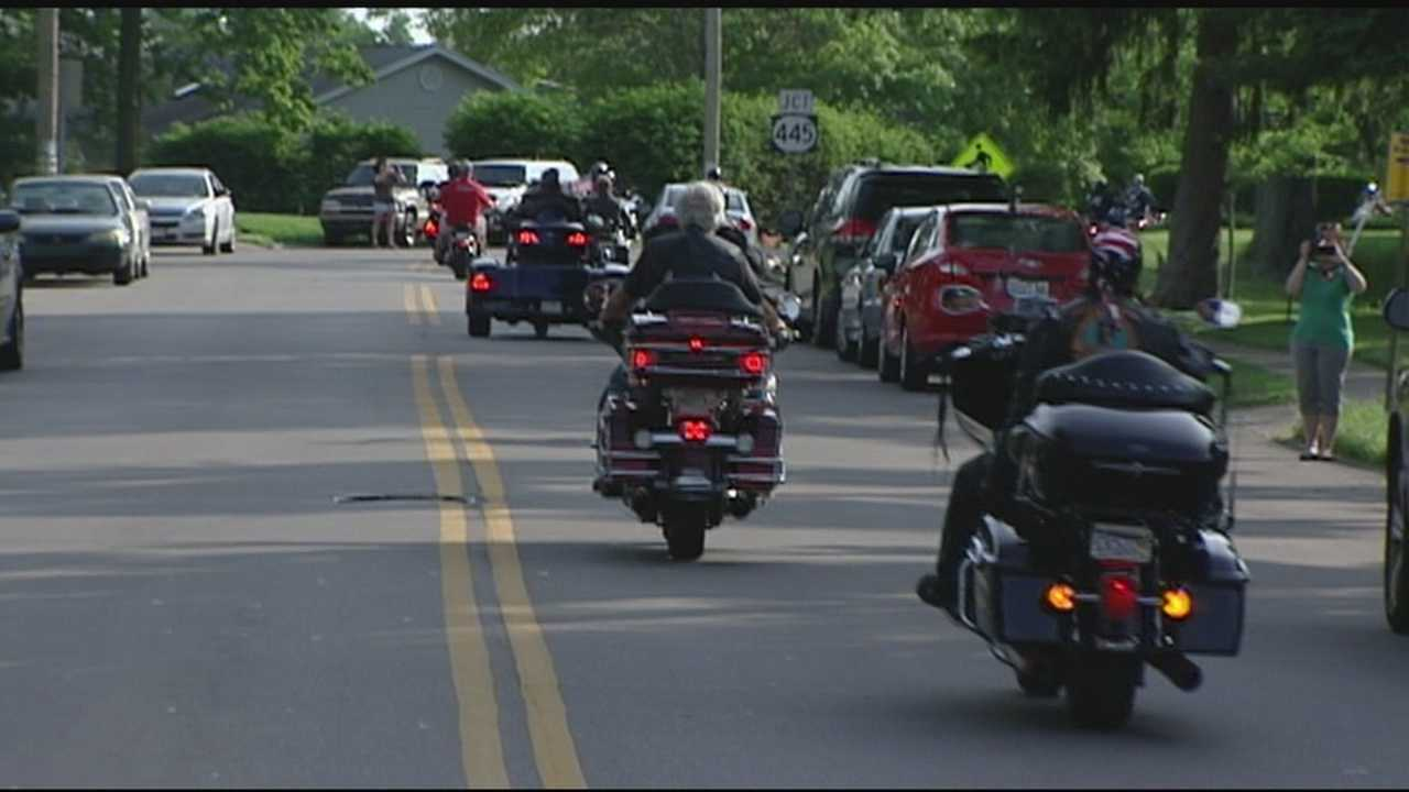 A group of motorcyclists are heading to Washington D.C. for the Rolling Thunder event this weekend, but first made some stops in northern Kentucky.