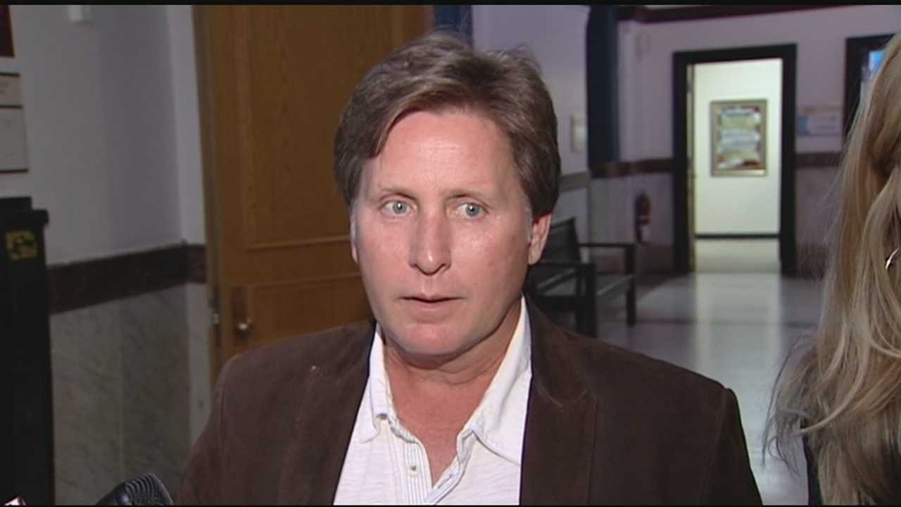 Lending his star power to Cincinnati's budget battle, actor Emilio Estevez dropped by City Hall.