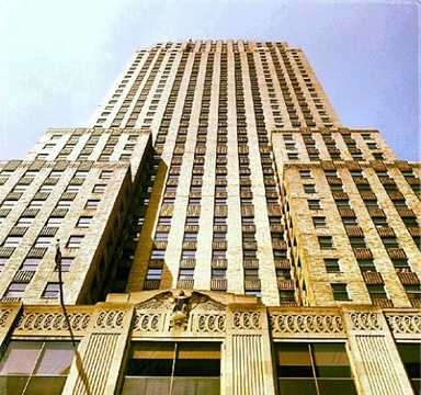 12. Ride the elevator up 49 floors to the Carew Tower Observation Deck.