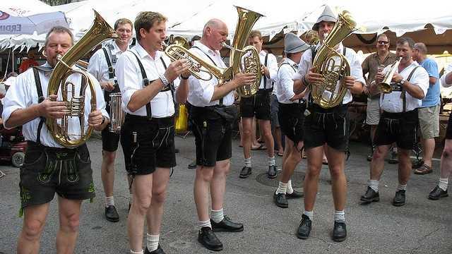 32. Take part in the world's largest chicken dance at Oktoberfest Zinzinnati.