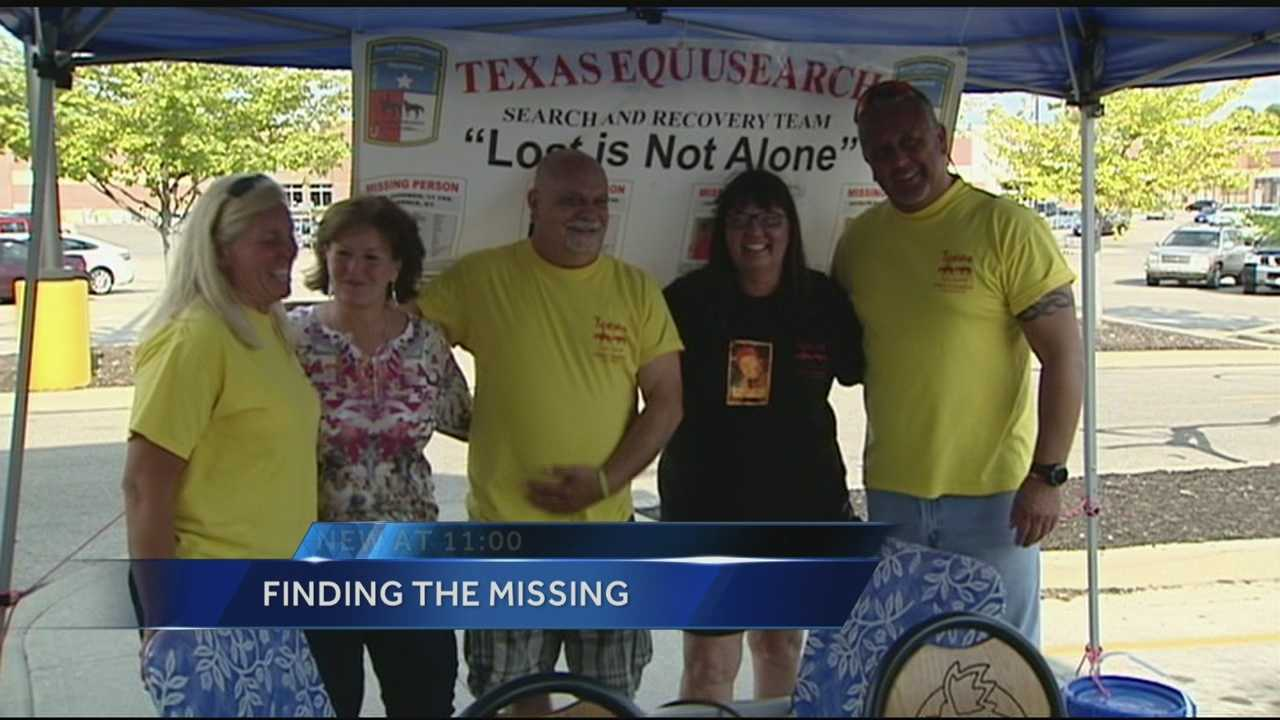 Parents of missing people hold fundraiser for search group