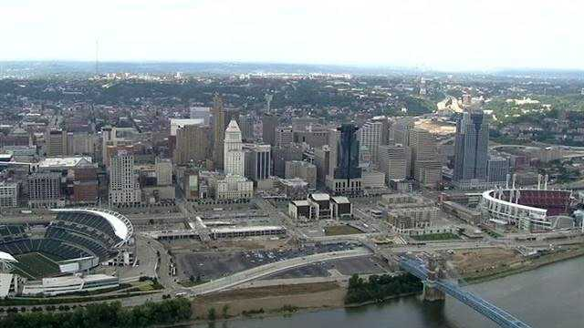 Cincinnati city skyline.jpg
