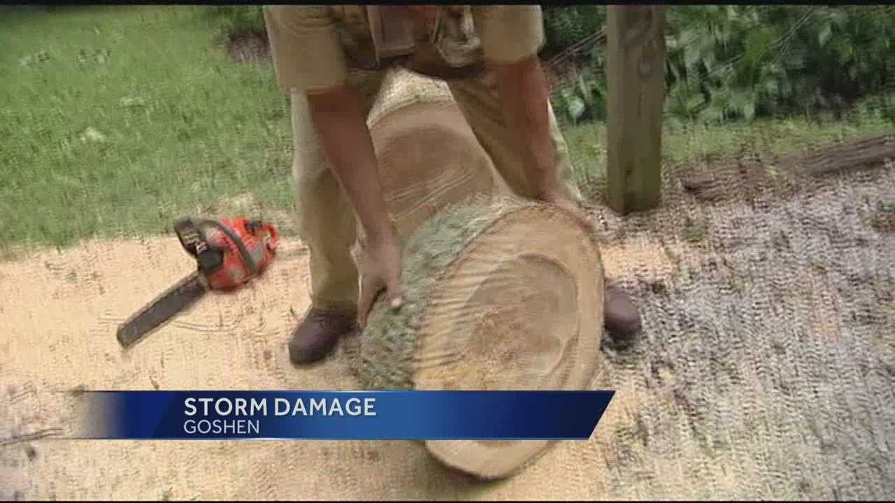 Clermont Co. residents clean up after strong storms