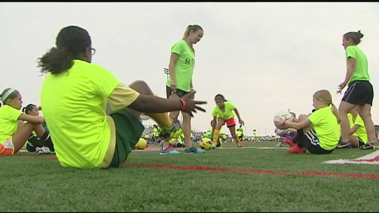 Olympic champion Heather Mitts gave lessons to future soccer superstars in Cincinnati.