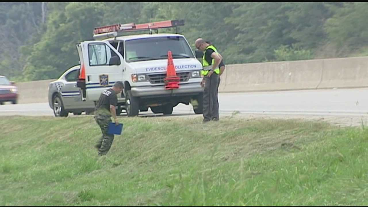 Deputies are investigating a decomposed body found along Interstate 75 in Kenton County.