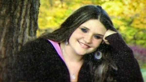 Investigators seek public's help in finding pregnant mom's killer